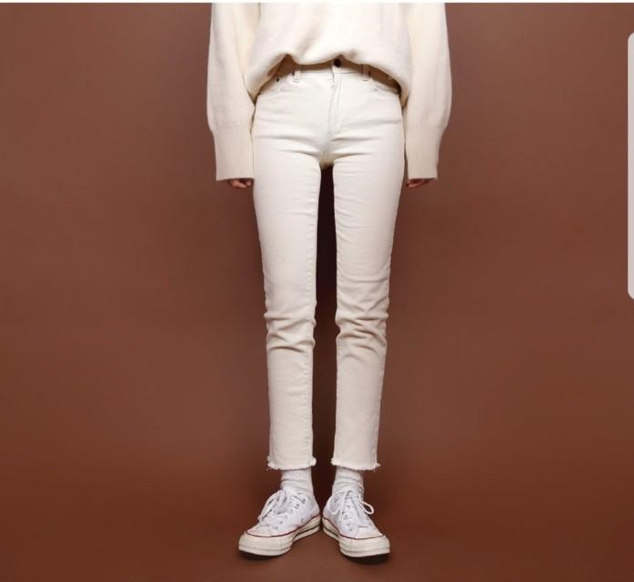 調降中全新現貨 韓國進口 抽鬚超彈性顯瘦牛仔褲