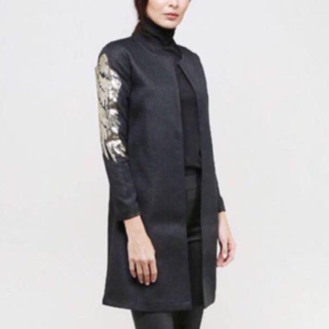 Adrianna yariqa trench coat