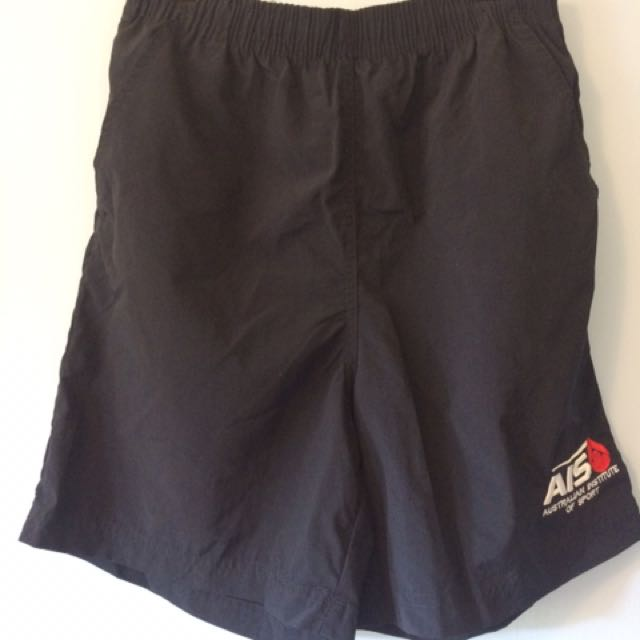 AIS shorts