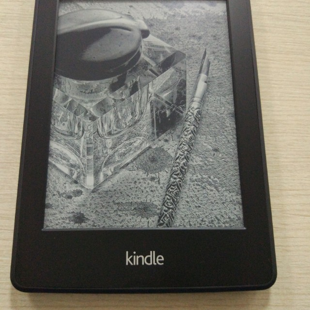 Amazon Kindle paperwhite 2 KPW2