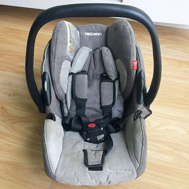 AUTHENTIC RECARO Baby Car Seat / Infant Carrier (Young Profi Plus)