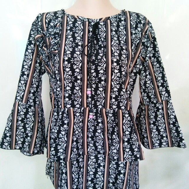 Blouse Motif Garis Salem