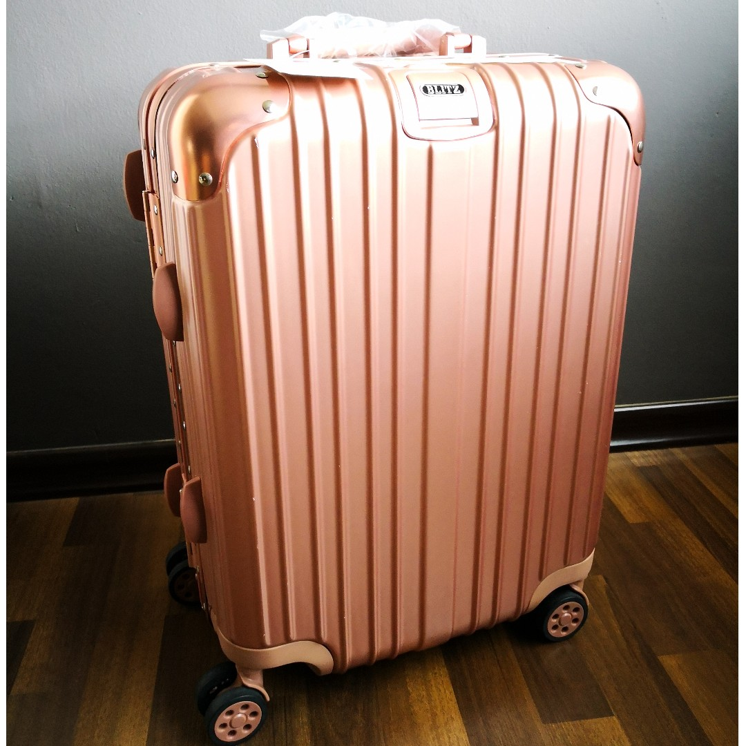 69b6dda40 (Pending) BNIB Blitz 20 inch Aluminium & ABS luggage bag (Rose Gold) on  Carousell