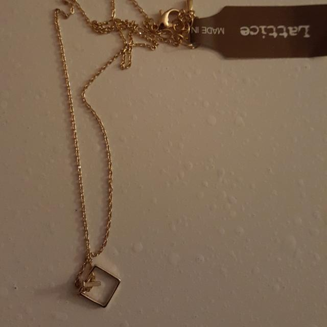 BNWT Korea Necklace