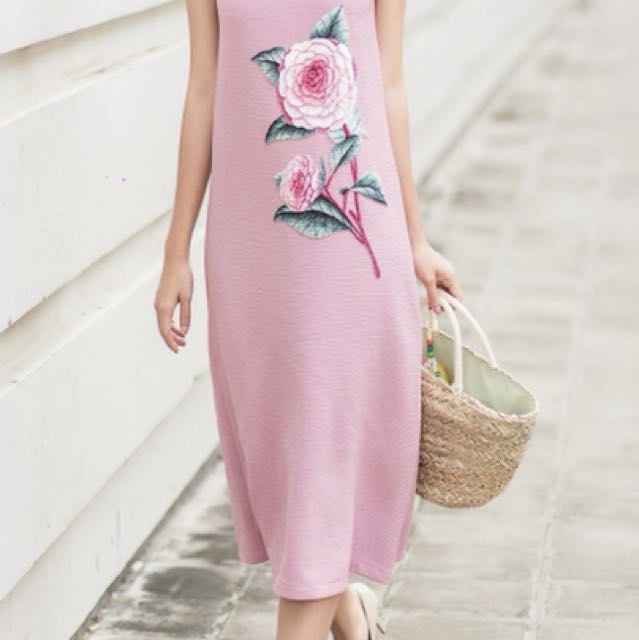 Brand New Hand Embroidery Floral Dress Au6-8
