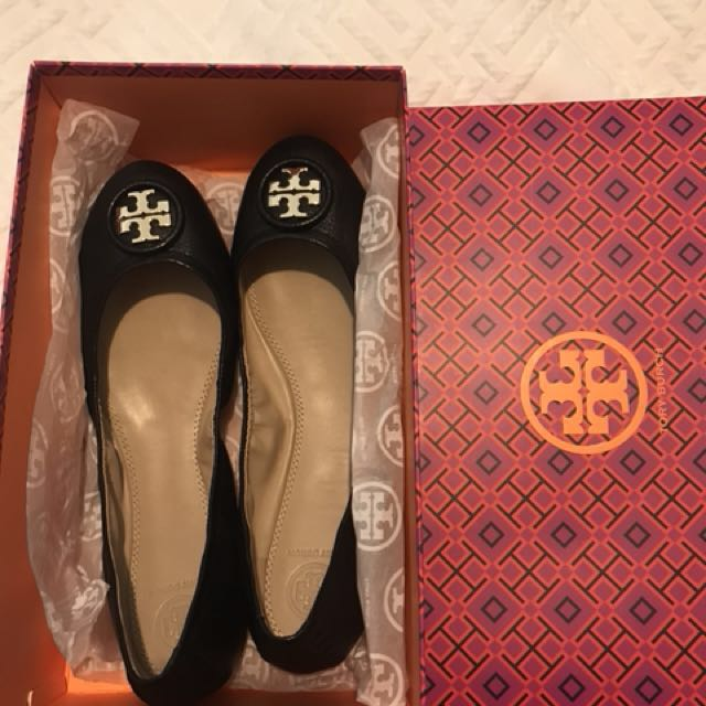 BRAND NEW TORY BURCH Black leather shoes size 41