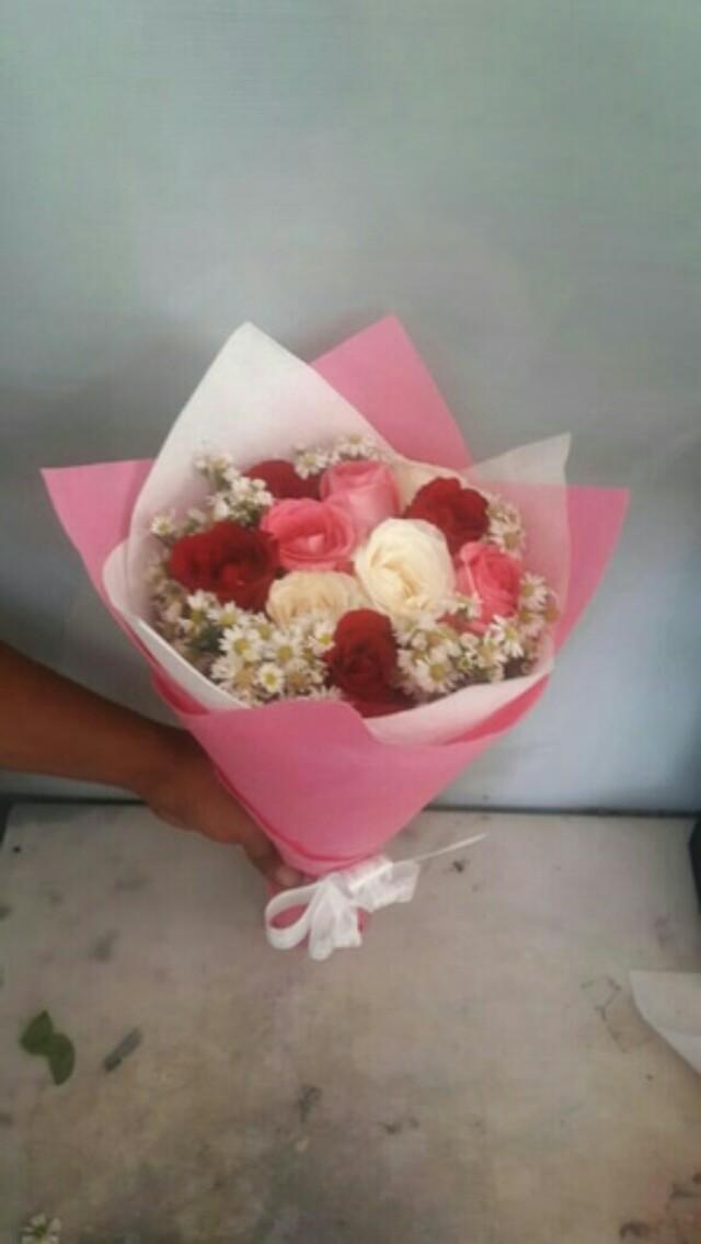 Bunga Hadiah Valentine Buket Bunga Kado Ulang Tahun Pacar
