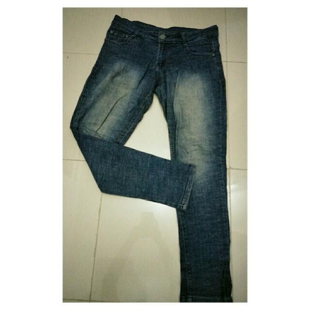 celana jeans wanita (preloved)
