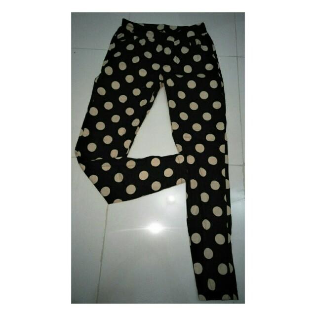 celana panjang wanita motif polkadot (preloved)