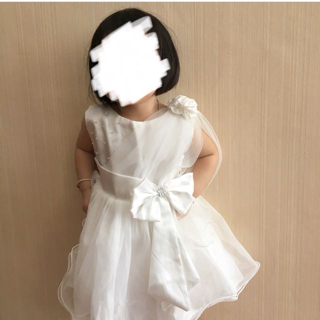 dress ank white