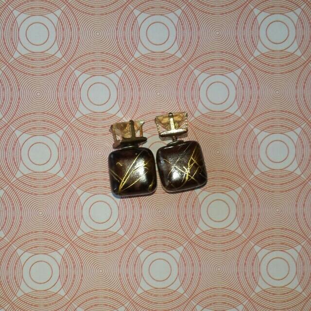 Earrings Stud Cube💟