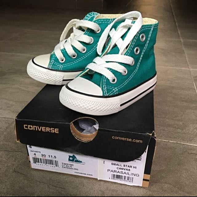 8c21b9f22403 Genuine Converse Chuck Taylor Hi Kids for Sale on Carousell