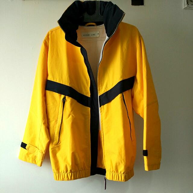 Jaket Ocean Line warna kuning