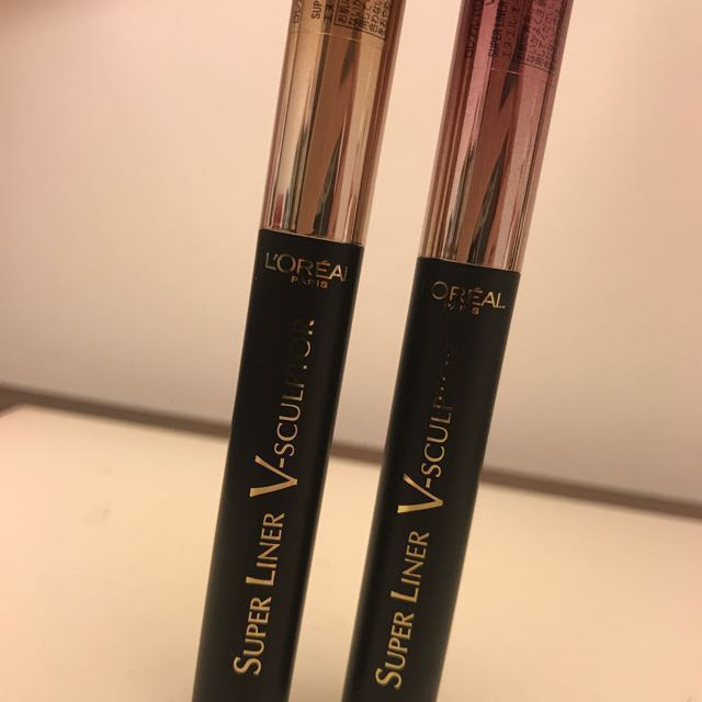 L'Oréal 氣墊眼影筆