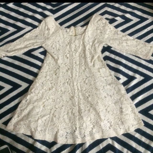 Off White Lace Top/Blouse