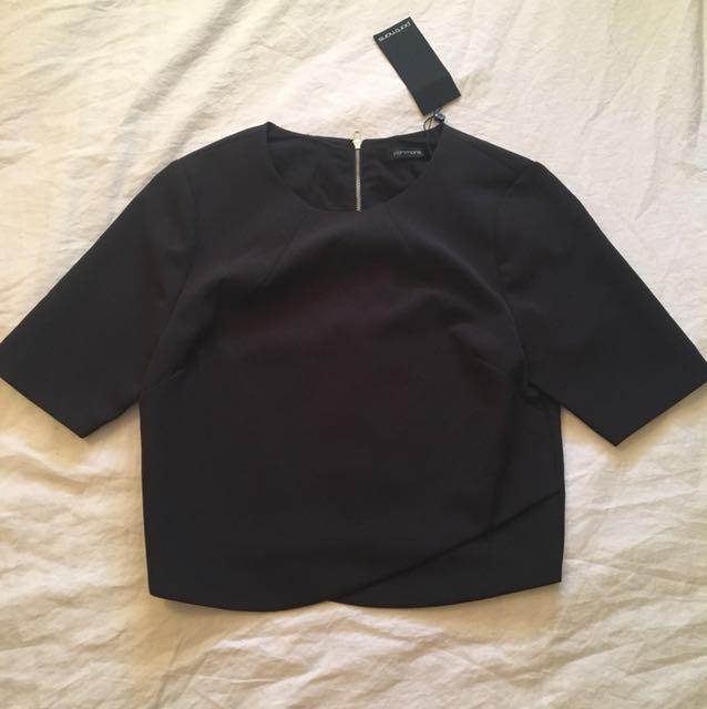 Portmans Sleeve Crop Top