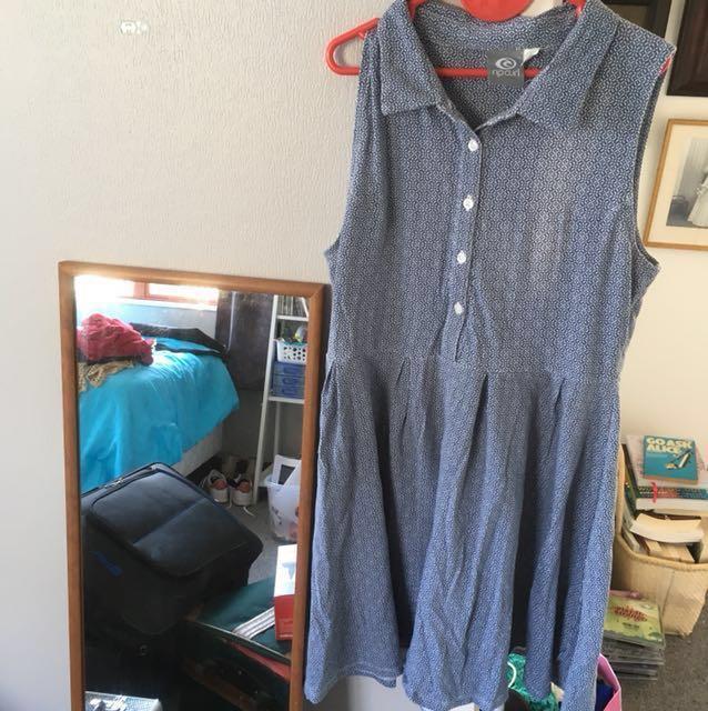 RIPCURL Open Back Summer Dress 👗