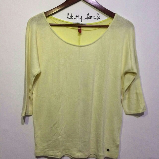S Oliver yellow knit