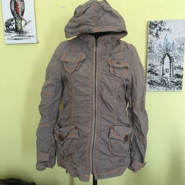 Salad winter jacket / coat / outerwear / parka with hood