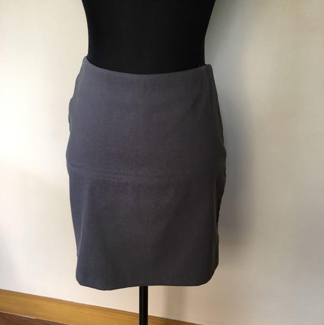 Set of 2 Genevieve Gozum skirts, black and grey, small