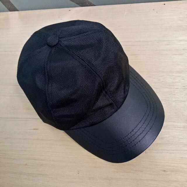 Topi Zara