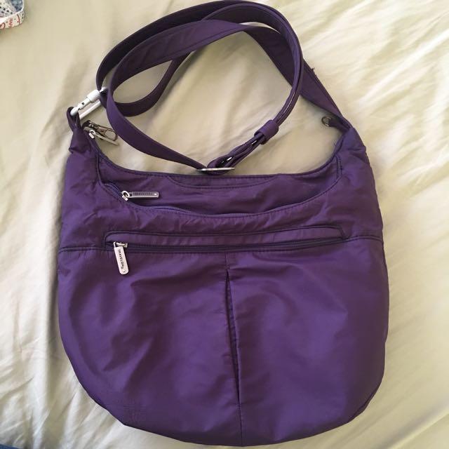 Travelon crossbody anti-theft bag like pacsafe
