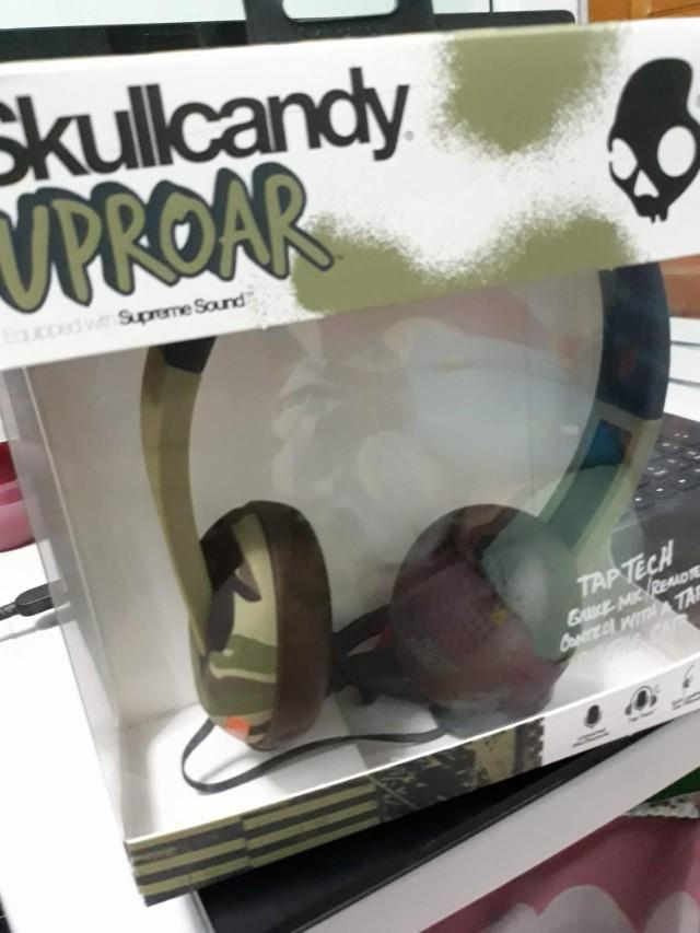 Uproar On-Ear Headphone