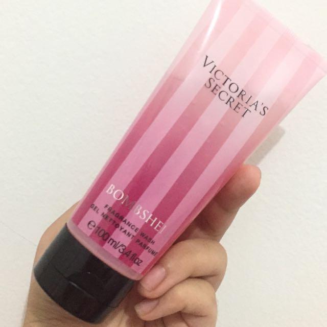 Victoria Secret Bombshell body wash