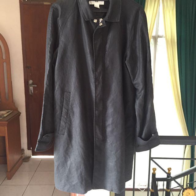 Windbreaker coat