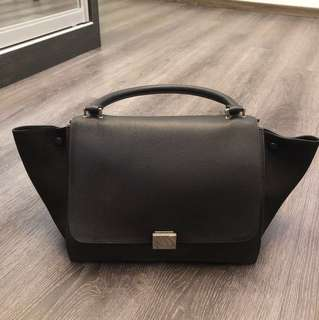 Preloved black Celine Trapeze