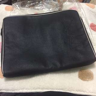 YSL LAPTOP CASE 手提電腦袋
