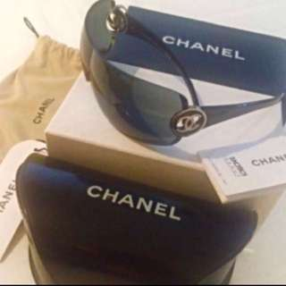 Reduced!!🔥Authentic Chanel Sunglasses