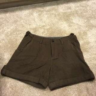 🚚 Gozo全新毛料短褲 含羊毛40% !
