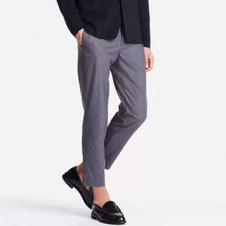 Uniqlo Relaxed Ankle Pants