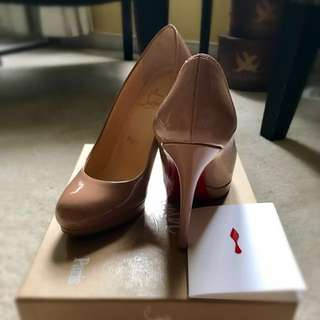 **reduced price ***Christian Louboutin nude 5.5 size