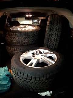 Brand new Porsche rim&winter tires top of the line
