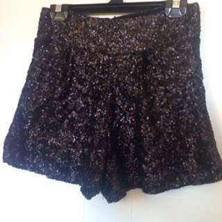 Minkpink Sequin shorts fully lined Sz 8