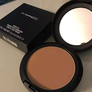 Mac studio fix powder c4