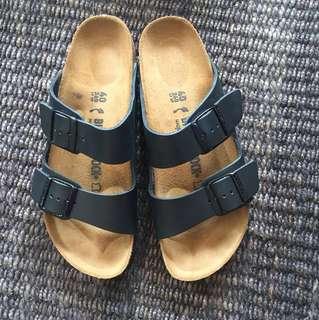 Birkenstocks Arizona Black - Brand New! Never Worn!
