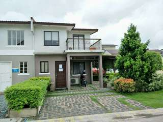 Single attached and Townhouse in imus cavite