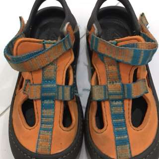 Sandals for your boys or girls