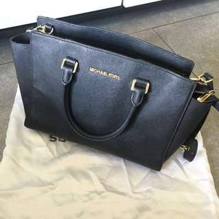 新年優惠$600 Michael Kors bag