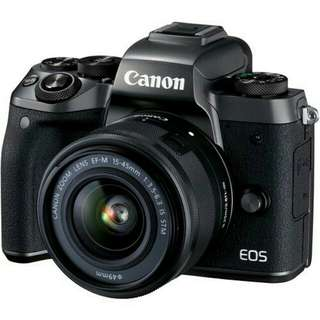 Kredit Tanpa Kartu Kredit Canon EOS M5 Mirrorless Digital Camera with 15-45mm Lens