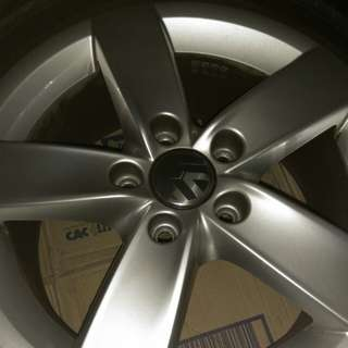 4 pcs VW Jetta Stock 16' rim + Goodyear tyres