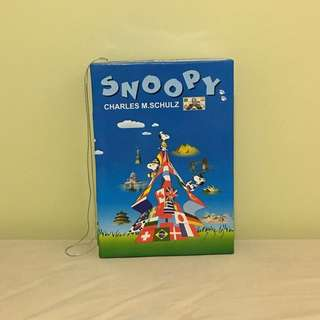 Snoopy International box