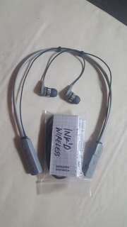 SKULLCANDY BLUETOOTH WIRLESS HEADSET