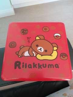 輕鬆小熊 賀年糖果盒 內有四架 Rilakkuma