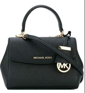 Michael kor ava small bag