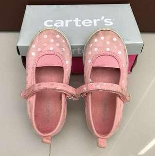Sepatu Carter's