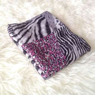•PRELOVED• Pink'Grey Animal Print Shawl